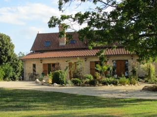 Gîte Le Maine d'Autana in Saint Sulpice d'Excideui - Thiviers vacation rentals