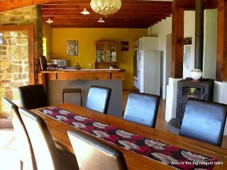 4 bedroom Farmhouse Barn with Washing Machine in Narooma - Narooma vacation rentals