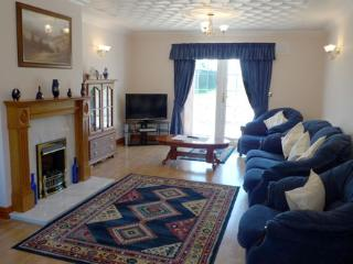 Charming 4 bedroom House in Aberporth - Aberporth vacation rentals
