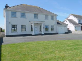 Charming 4 bedroom Vacation Rental in Aberporth - Aberporth vacation rentals
