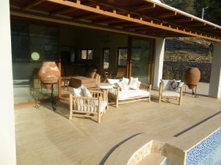 Beautiful Villa in Turunc with A/C, sleeps 4 - Turunc vacation rentals