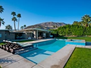 Happy Hour Hideaway - Palm Springs vacation rentals
