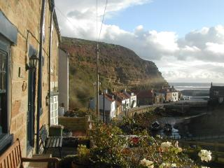Traditional Fisherman's Cottage + stunning view N5 - Staithes vacation rentals