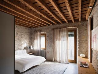 Alemanys 5 - Girona vacation rentals