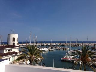 Stunning Sitges Marina View apartment. Free WIFI - Sitges vacation rentals