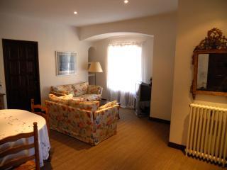 Charming 2 bedroom Apartment in Saint-Paul-de-Vence with Internet Access - Saint-Paul-de-Vence vacation rentals