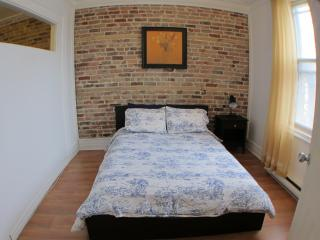 The Tulip - 3 Beds, 1 Bath - Montreal vacation rentals