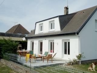 Comfortable 6 bedroom Villa in Brehal - Brehal vacation rentals