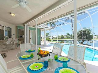 ADMIRALTY - Coastal Comfort on Gulf Access Canal - Marco Island vacation rentals