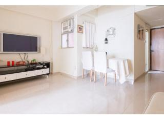 FABULOUS 2 Bdr apartment 1-5 ppl 3 min from MTR - Hong Kong Region vacation rentals