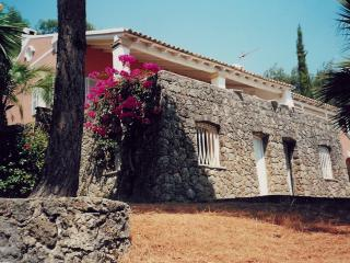 5 Bedroom villa , 50 meters from the beach. - Corfu vacation rentals