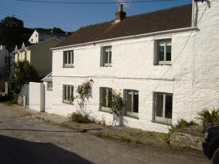Perfect 3 bedroom Portscatho House with Internet Access - Portscatho vacation rentals