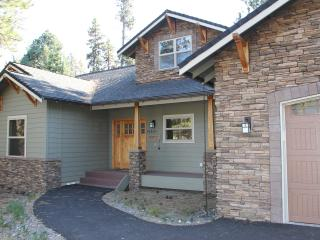 Deschutes Glory  3100 Sq Ft home - Sunriver vacation rentals