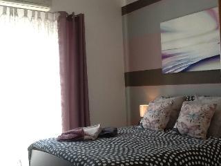 Modern 1 bedroom apartment - Qawra vacation rentals