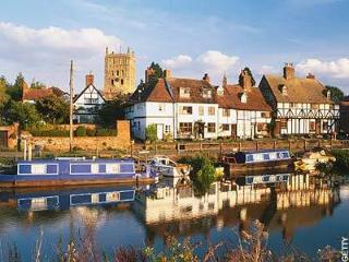 Lovely 2 bedroom House in Tewkesbury with Internet Access - Tewkesbury vacation rentals
