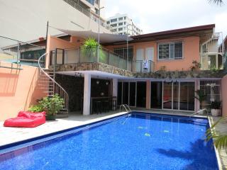 Espectacular habitación en Marbella con piscina - Panama City vacation rentals