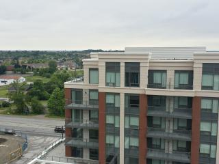 2 Bed 2 bath Fully Furnished Condo in Markham - Markham vacation rentals