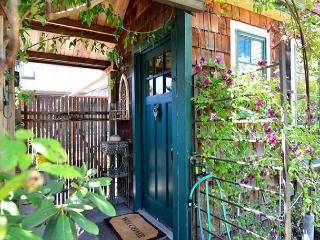 New! Pacific Rim Home & Gardens of Arcata. Lovely 2 bedroom Internation Style - North Coast vacation rentals