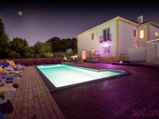 Casa da Borboleta, sleeps up to 12 people - Obidos vacation rentals
