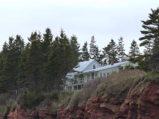 Cliffside Inn, PEI: The Cottage Suite - Little Sands vacation rentals