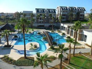 Lovely Condo with A/C and Satellite Or Cable TV in Side - Side vacation rentals