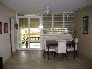 Breezy apt nr beach in central Condado - Woodston vacation rentals