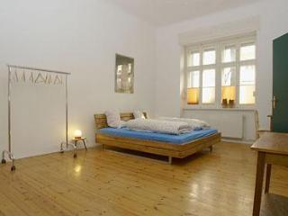 Peaceful Apartment in Prenzlauerberg in Berlin - Berlin vacation rentals