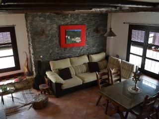 El Zurreón Rural Home in Algarinejo Andalusia - Algarinejo vacation rentals