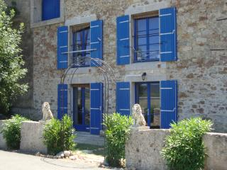 Nice B&B with Internet Access and Wireless Internet - Argens-Minervois vacation rentals