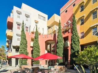 """Little Italy"""" Exciting High End 2bd-2 1/2 Bath - Pacific Beach vacation rentals"""