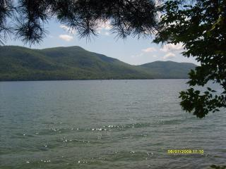 Beautiful rental on Lake George - Lake George vacation rentals