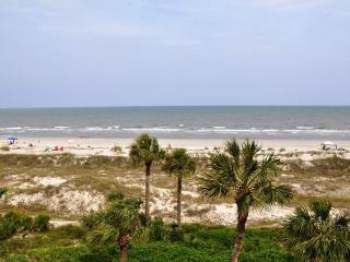 Cozy Palmetto Dunes Villa rental with Balcony - Palmetto Dunes vacation rentals