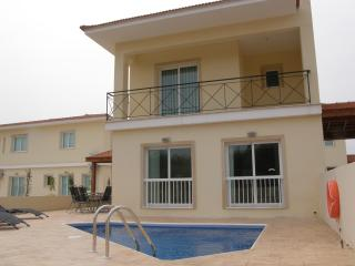 Perfect 3 bedroom Villa in Anafotida with A/C - Anafotida vacation rentals