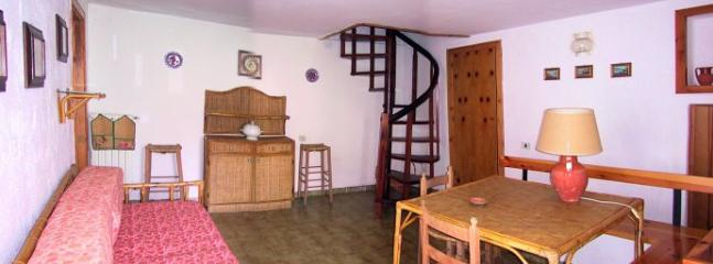 Comfortable 2 bedroom Ravello House with Deck - Ravello vacation rentals