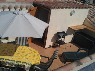 L'Appartement Deluxe, Free wifi, Games room, Pool - Azille vacation rentals