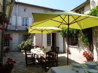 Nice House with Internet Access and Satellite Or Cable TV - Chabanais vacation rentals