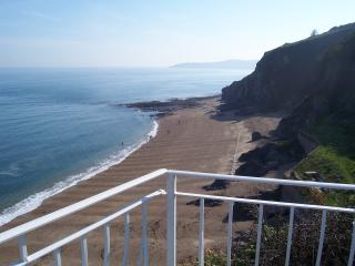 Cliff House, Torcross. Stunning Seaviews. - Torcross vacation rentals
