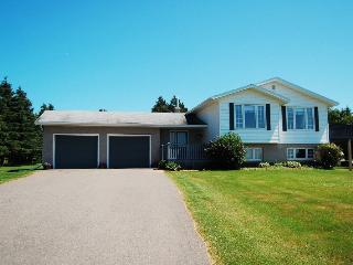 Spacious Family Home with Spectacular Views! - Fairview vacation rentals