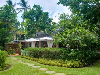 Landmark House & Cottage SPECIAL OFFER: Barbados Villa 94 One Of Only Three Villas Situated Directly On The Exclusive Sandy Lane Beach. - Saint James vacation rentals