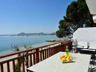 3 bedroom Apartment in Puerto Pollenca, Mallorca : ref 2093275 - Puerto Pollensa vacation rentals