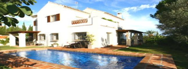 Villa Marbesa, Las Chapas - Sitio de Calahonda vacation rentals