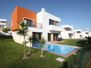Modern quiet villa with private pool - Obidos vacation rentals