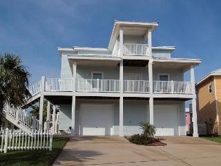4 bedroom 3 bath home just steps to the beach! - Texas Gulf Coast Region vacation rentals