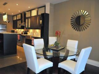 Amazing Condo and Price - Mins. to Downtown by car - Toronto vacation rentals