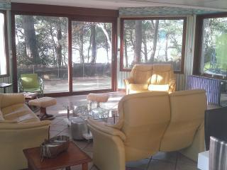 Lovely villa direct sandybeach - Meschers-sur-Gironde vacation rentals