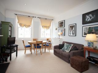 knighsbridge atmosphere 2 br - London vacation rentals