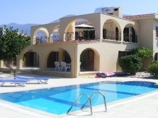 3 bedroom Villa with Internet Access in Karsiyaka - Karsiyaka vacation rentals