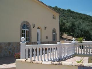 Lovely Villa with Dishwasher and Toaster - Iznajar vacation rentals