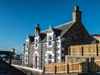 Station Road Holiday Cottage; sea views, wi-fi - Buckie vacation rentals