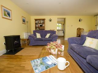 2 bedroom Cottage with Internet Access in Sturminster Newton - Sturminster Newton vacation rentals
